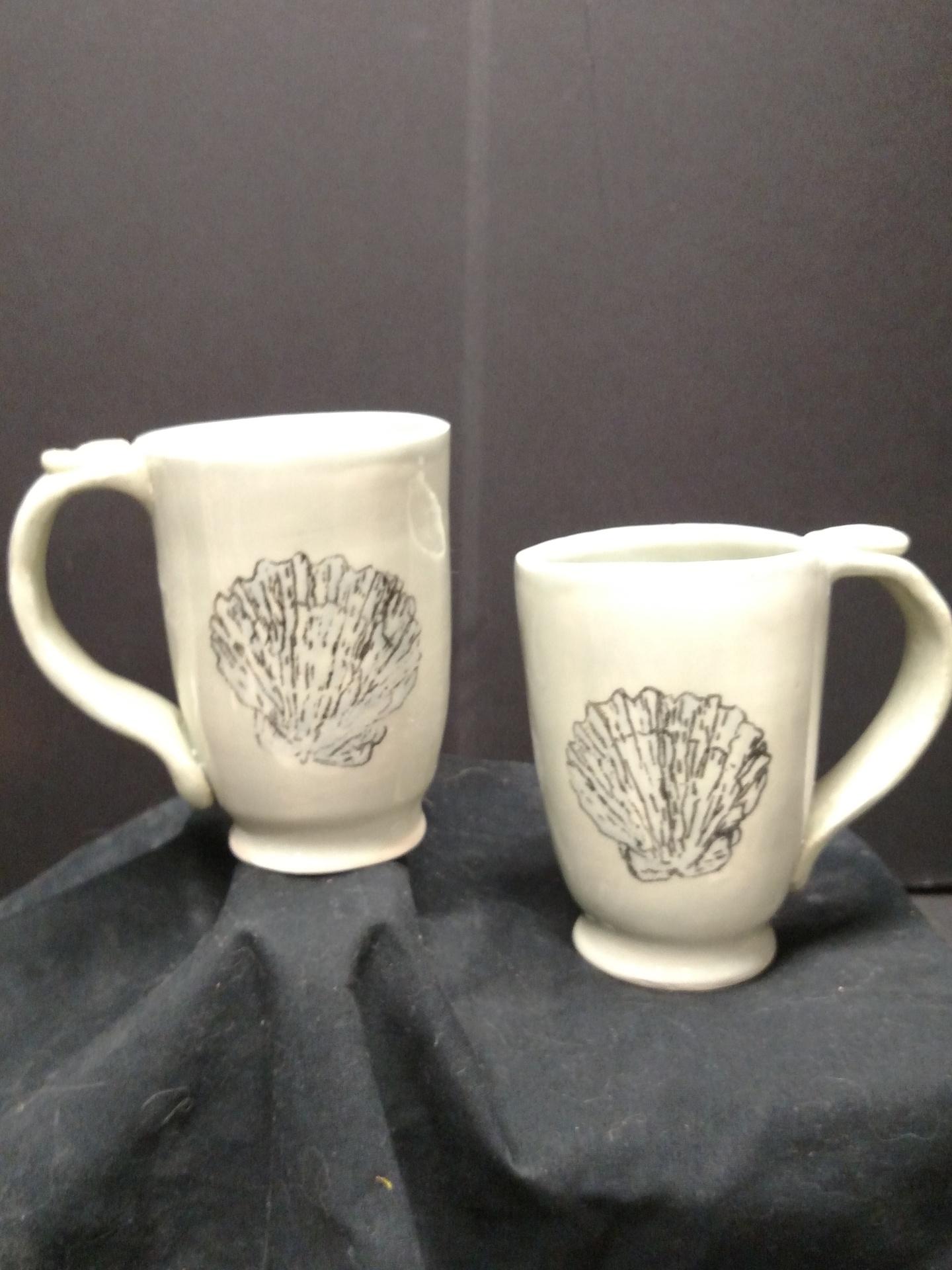 Stoneware Mugs - seashell