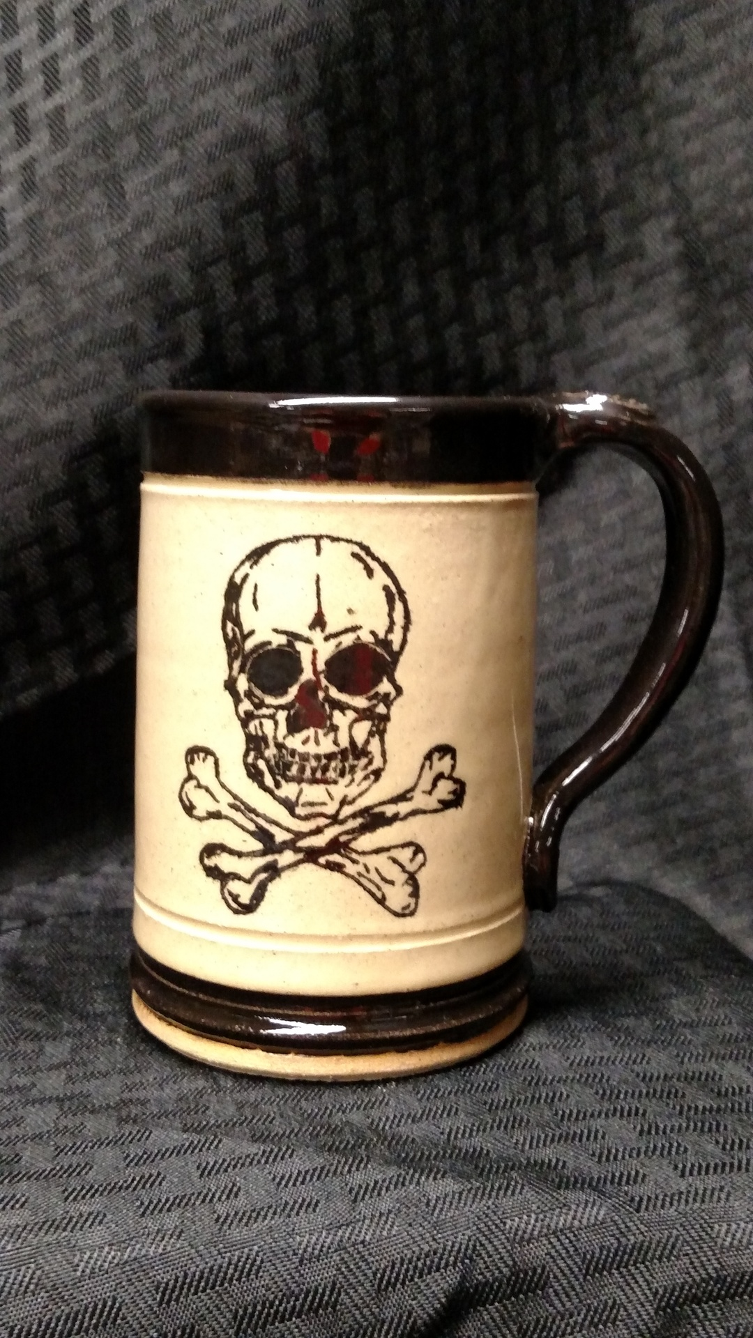 Stoneware mug - hand drawn skull
