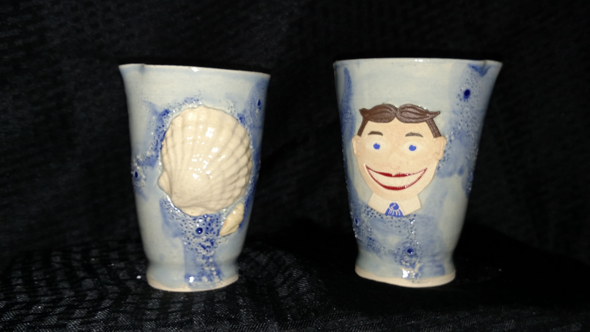 Vases -  seashell and Tillie