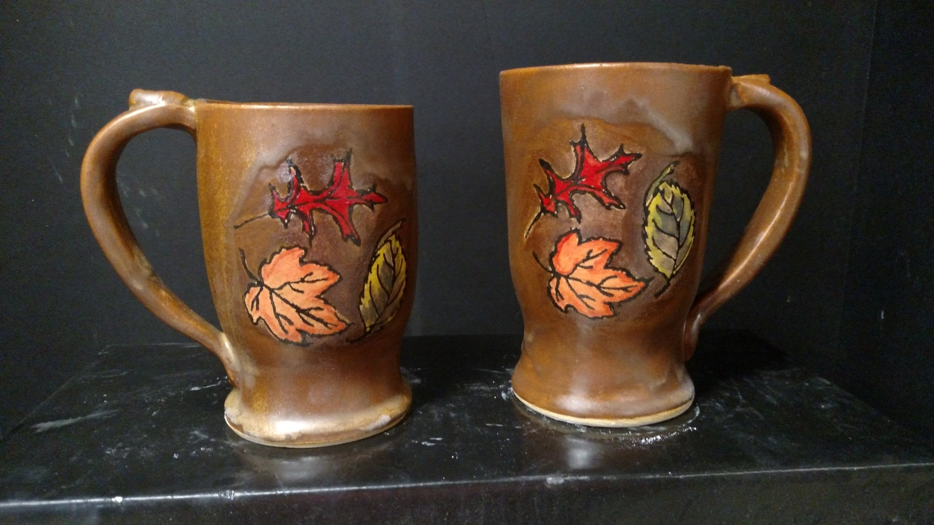 Stoneware mugs - hand drawn leaves